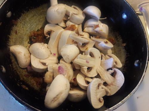 Methi Malai Mushroom 9