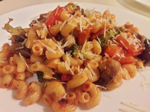 Broccoli and Mushroom Pasta in Tomamto Basil Sauce 13