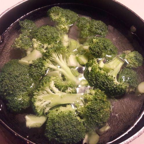 Broccoli and Oats Tiki 2