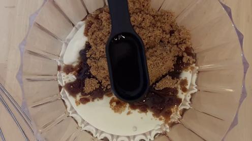 Eggless Upside Down Apple Cake 10