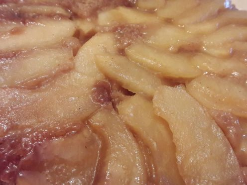 Eggless Upside Down Apple Cake 31
