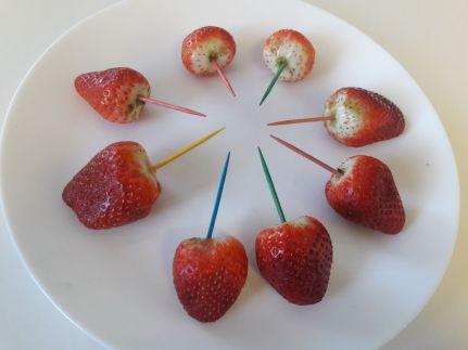 Chocolate Strawberries 1