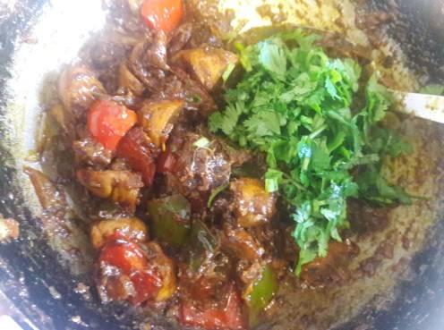 Mushroom and Capsicum Curry 18