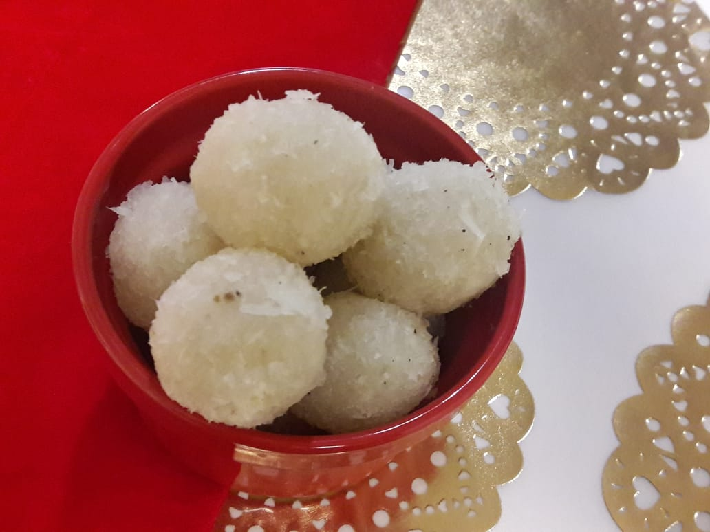 3 Ingredient Fresh Coconut Laddu